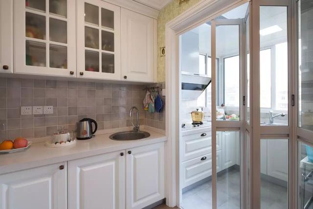 厨房门什么颜色都雅?